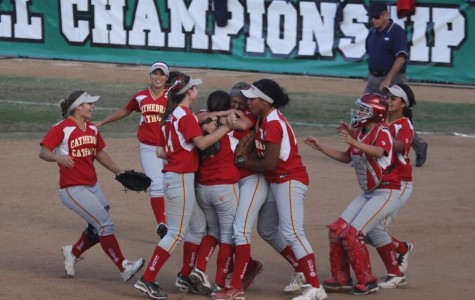 Lady Dons softball team wins Division I CIF championship